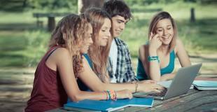 Griauname mitus: kokie mitai sklando apie studijas ir studentavimą