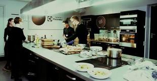 ISIC Pulsas'14   Maisto gaminimo studija, tapusi virtuvės improvizacijų imperija