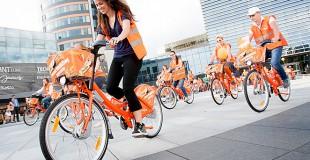 Imk savo ISIC ir važiuok Cyclocity Vilnius oranžiniu dviračiu