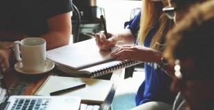 Kas svarbiau profesinei sėkmei: išsilavinimas, tarptautinė patirtis ar asmeninės savybės?