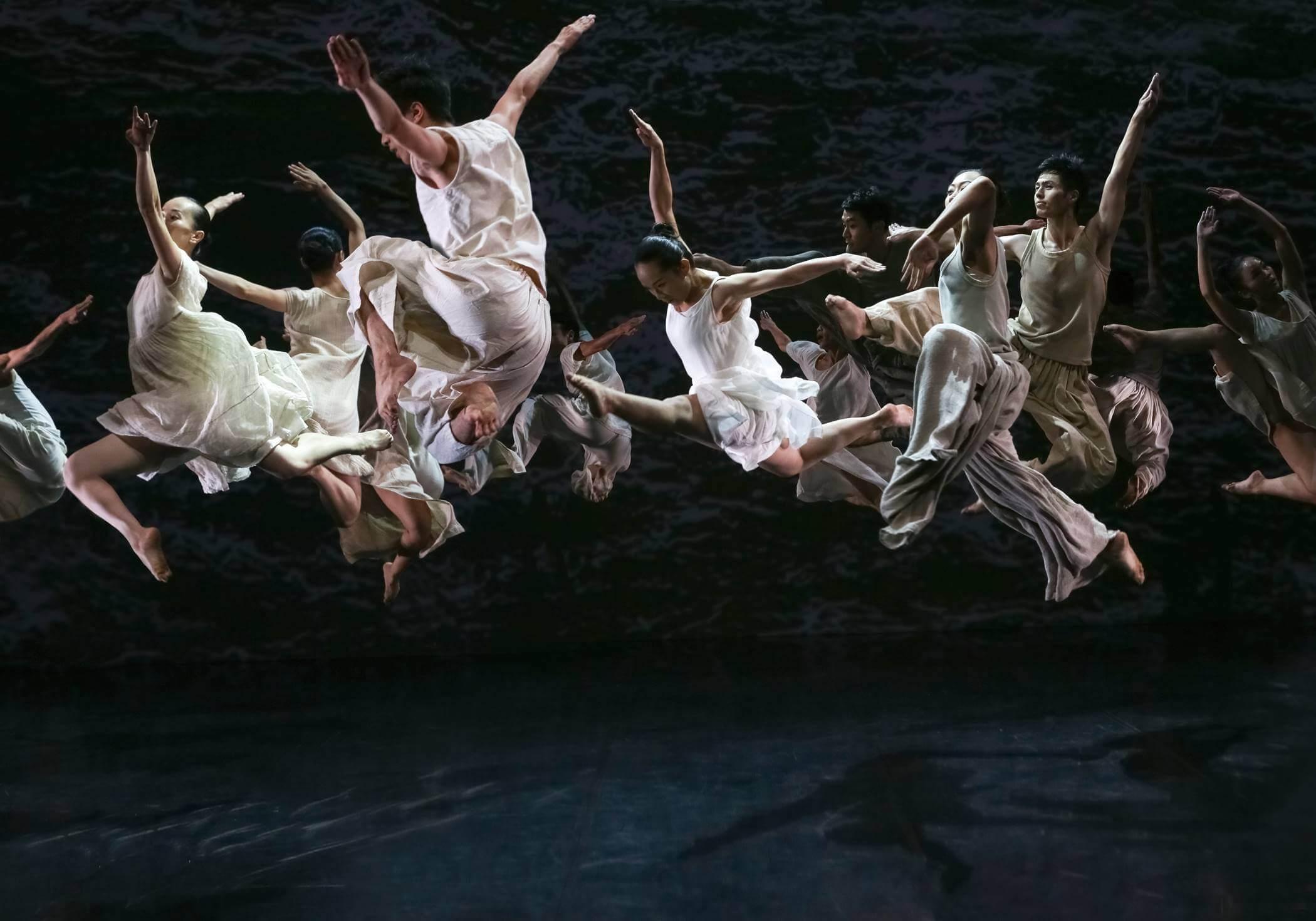 Cloud Gate šokio teatras_Baltas vanduo_ Liu Chen-hsiang nuotr.